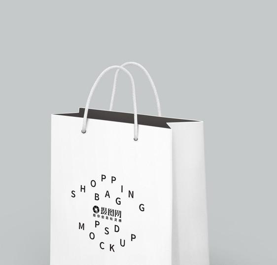 白色简约手提袋样机图片