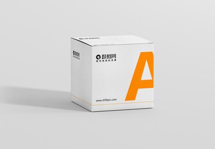简约白色盒子包装样机图片
