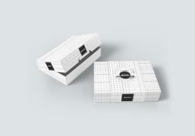 白色盒子包装样机图片