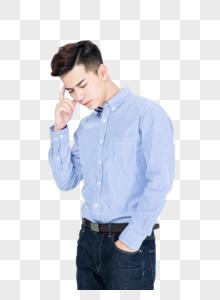 商务男性思考状态图片