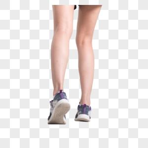 跑步的脚特写图片