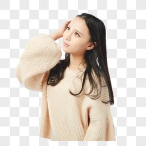 年轻女孩捋头发动作图片