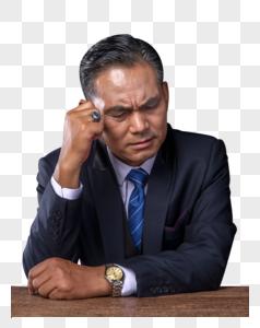 沉思中的商务成功人士图片