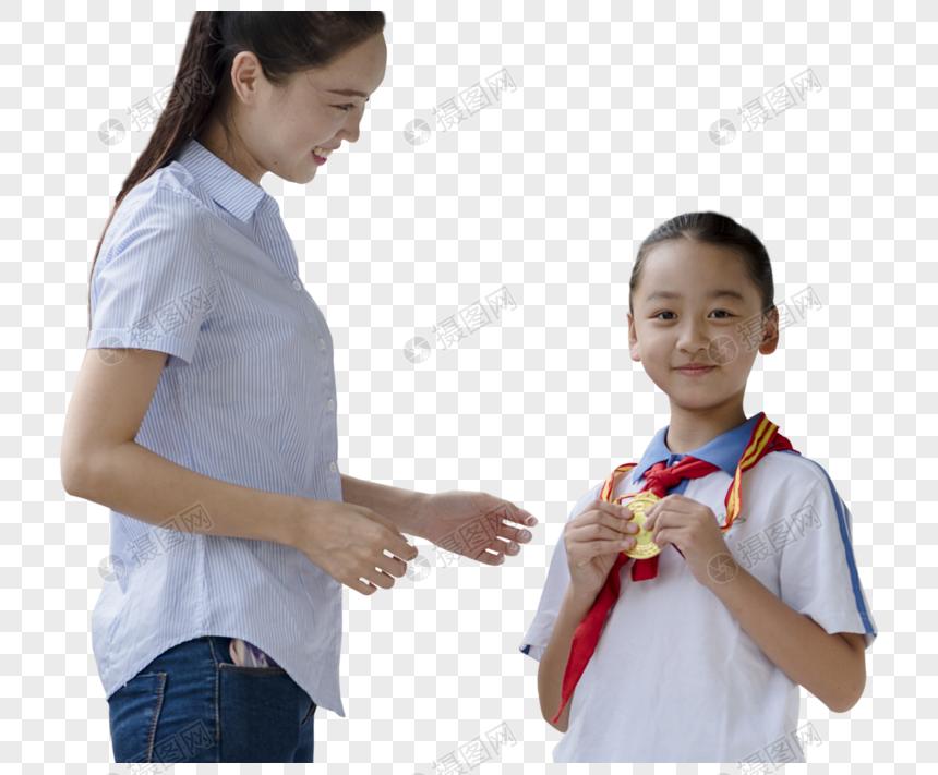 两个女生做作业图片