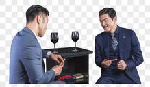 高端商务男士抽雪茄喝红酒图片