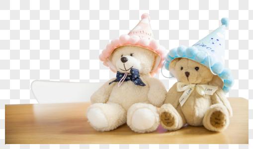 儿童节生日聚会时的玩具熊图片
