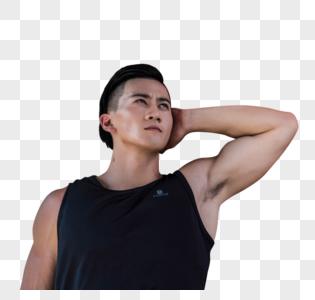 年轻男子器材健身图片