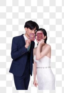 情侣婚纱手持结婚证图片