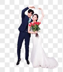 情侣婚纱手持玫瑰花图片