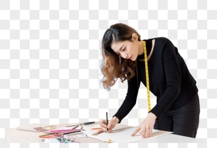 女设计师认真工作图片