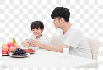 家庭生活一起吃早餐图片