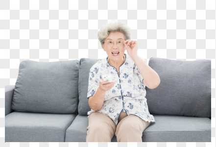 老年奶奶看电视图片