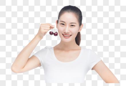 美女吃樱桃图片