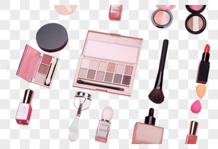 平铺的化妆用品图片