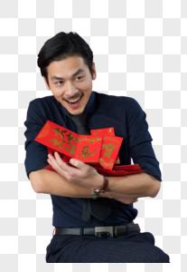 男性手拿红包图片