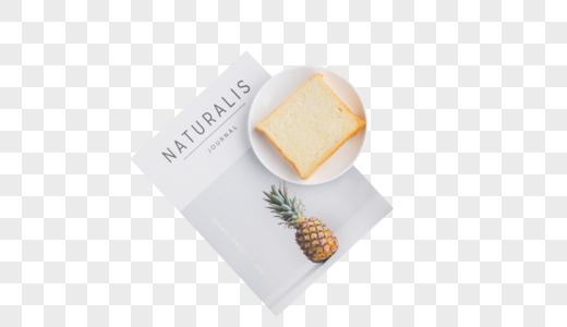 简单的早餐面包图片