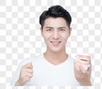 男性假牙展示图片