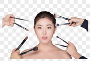 年轻女性化妆展示图片