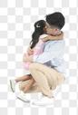 抱着父亲的孩子图片