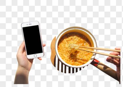 吃泡面看手机图片