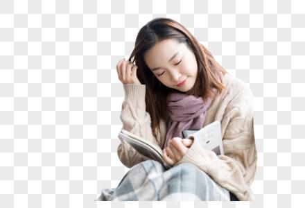认真读书的女生图片