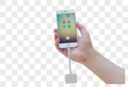 手拿手机传输数据图片