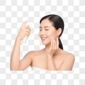 女性手拿喷雾保湿护肤图片