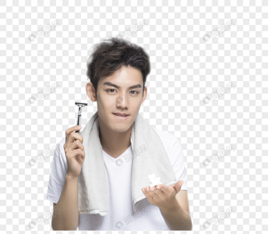 男性刮胡子图片