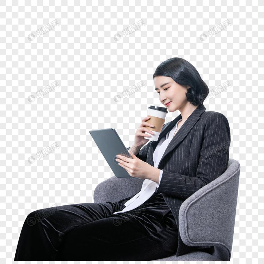 职场女性办公室喝咖啡图片