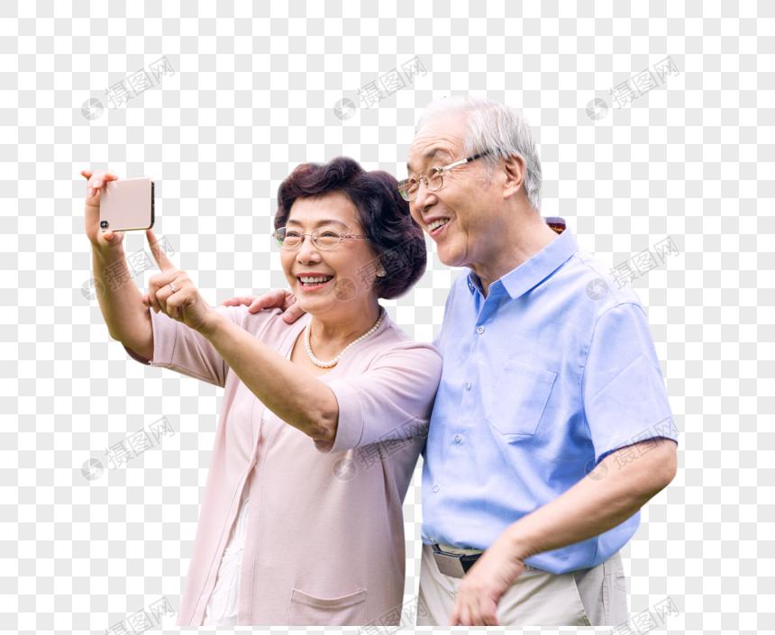 老年夫妇手机拍照图片
