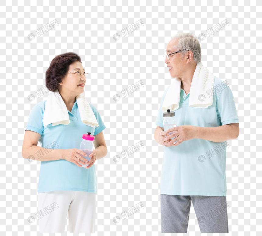 老年夫妇运动休息喝水图片