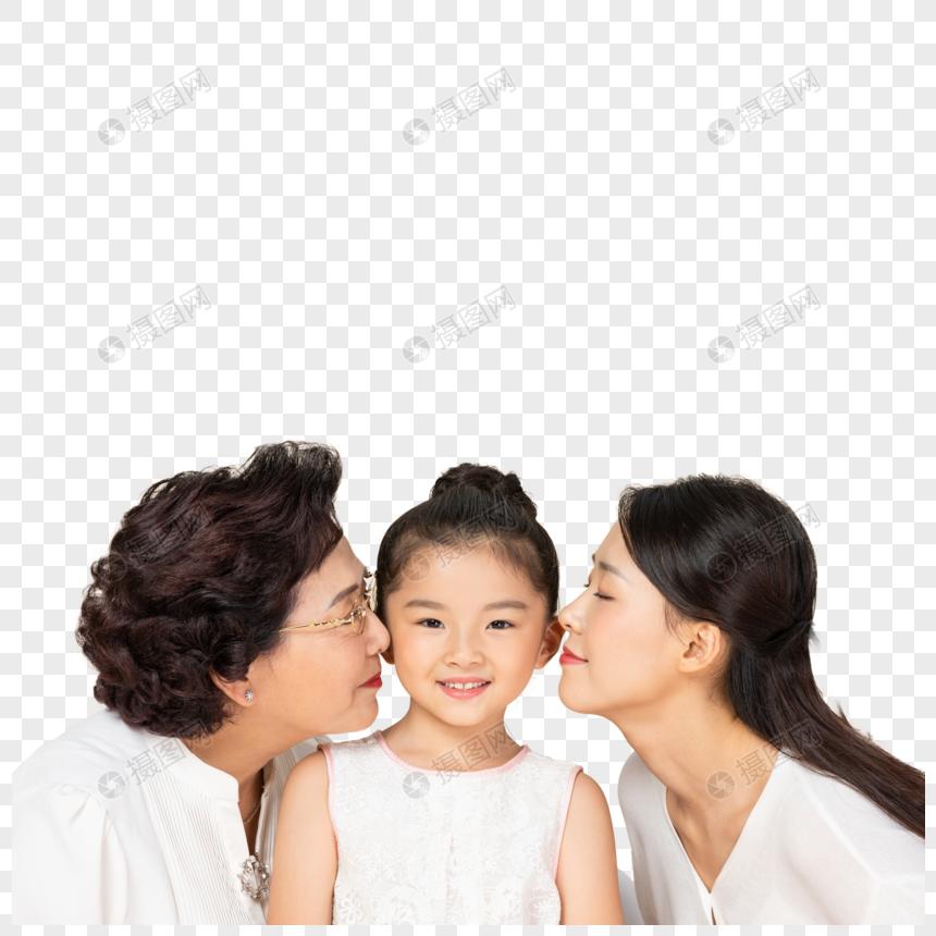 外婆妈妈亲吻孩子图片