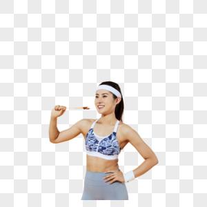 健身女性吃烤串图片