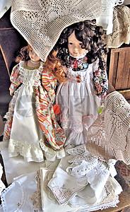 可爱的仿古瓷娃娃图片
