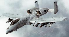 天空下的战斗机图片