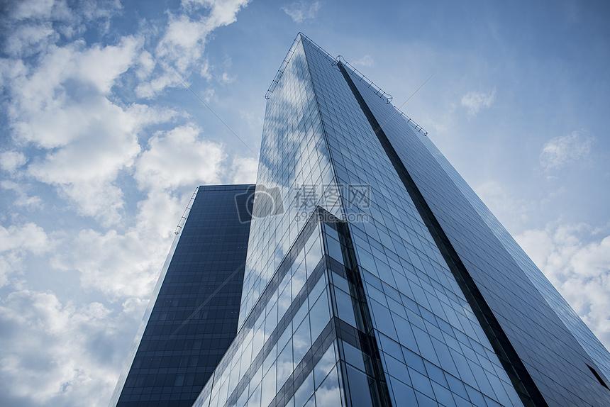玻璃建筑物图片