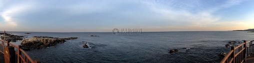 大海上的秀丽风景图片