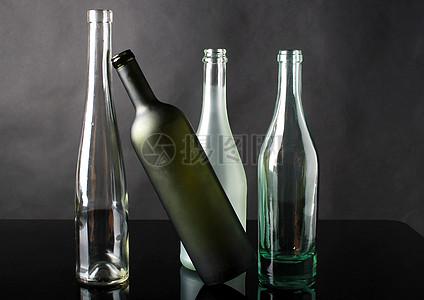 不同颜色的玻璃瓶图片