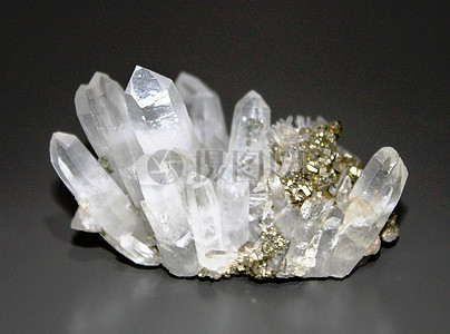 美丽的白水晶图片