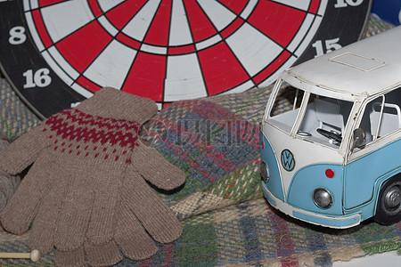 一辆漂亮的玩具车图片