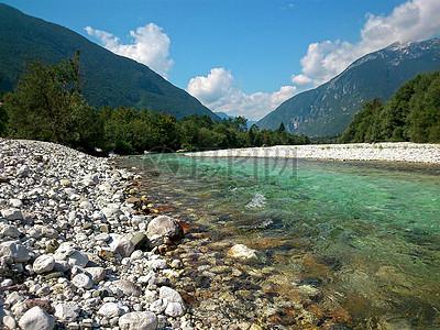 河高清图片