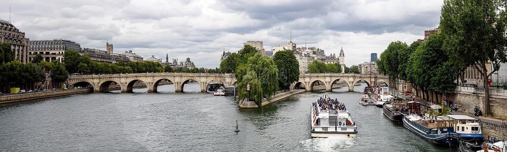 塞纳河河的巴黎新桥图片