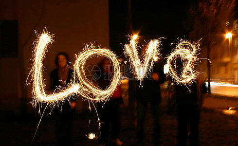 LOVE的光绘摄影图片