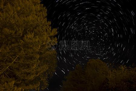 挂在天空的繁星图片