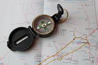 精美的指南针图片