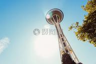 蓝天下的建筑图片