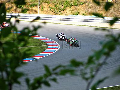 刺激的赛车比赛图片