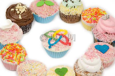 彩色奶油蛋糕图片
