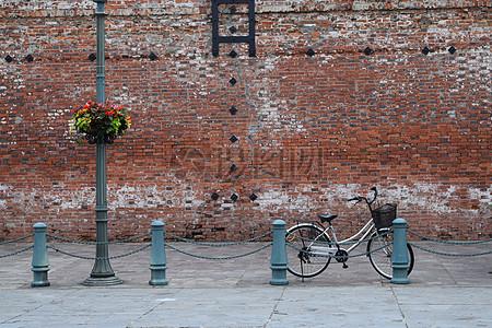 破旧的红砖墙图片