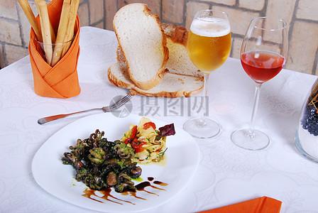 餐厅美味的下酒菜图片